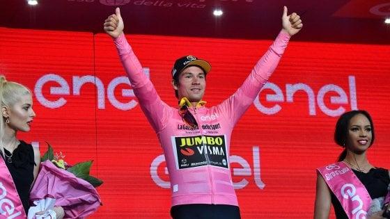 La prima maglia Rosa la conquista Primoz Roglic