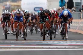 Giro d'Italia, Demare al fotofinish