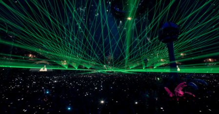 1200 virtual fireworks and over 21 hours of music at Tomorrowland New Years Eve Event