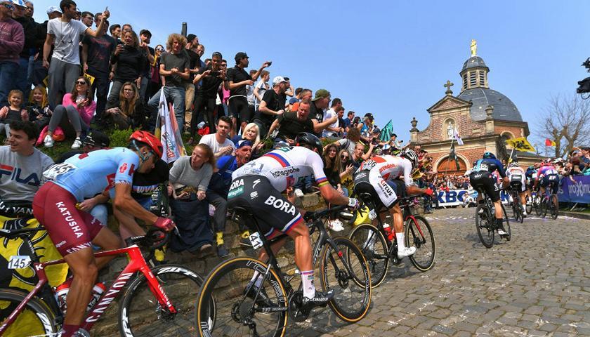 Al via il Giro delle Fiandre