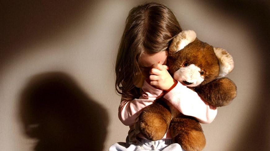 Violenza sui minori: Denunciare sempre