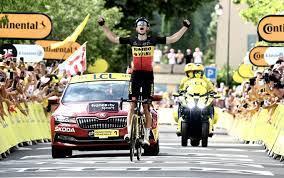 Wout van Aert conquista l'11° Tappa al Tour